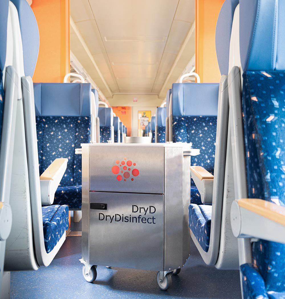 Zug-03-klein